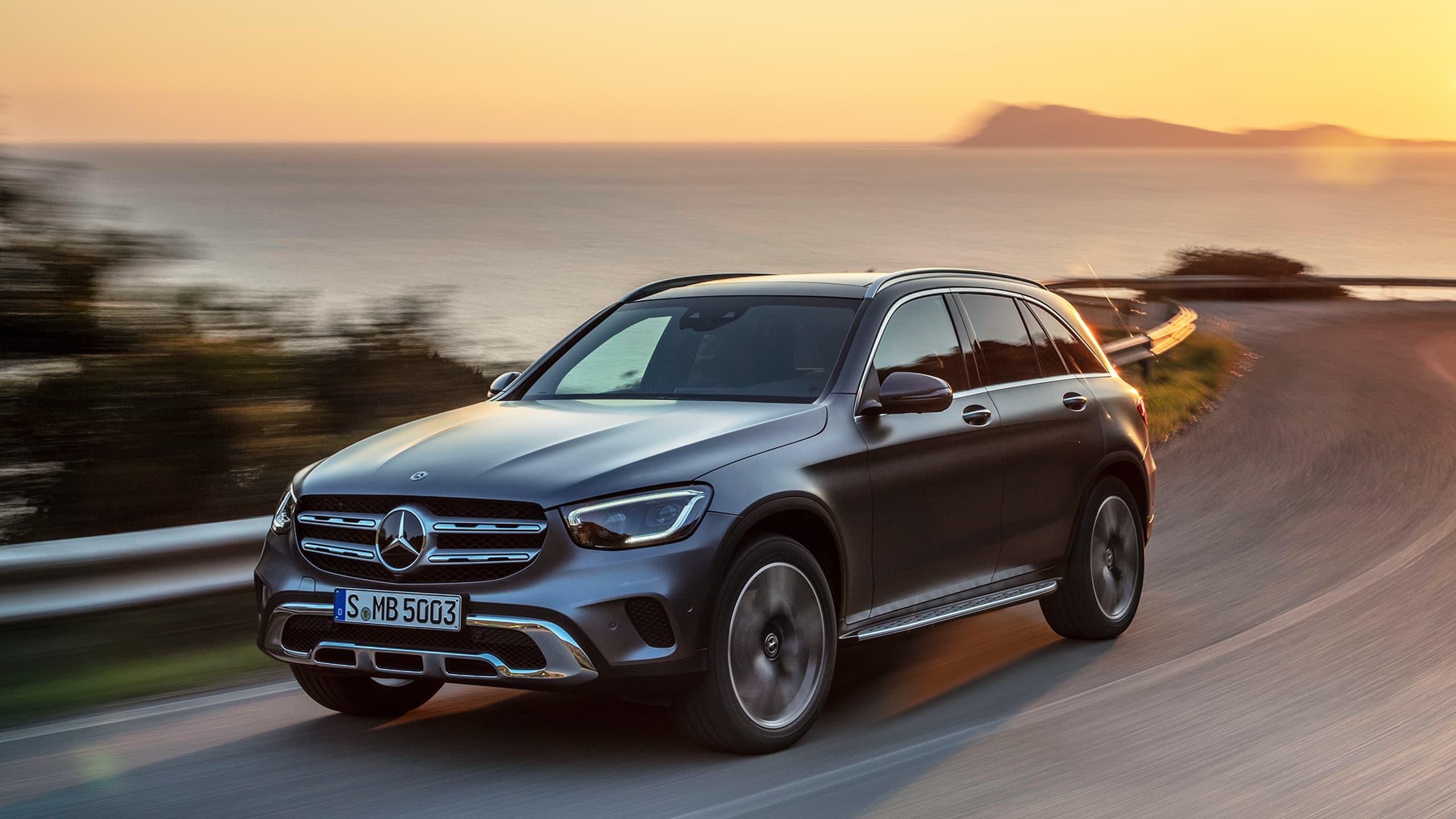 Giá xe Mercedes GLC Class
