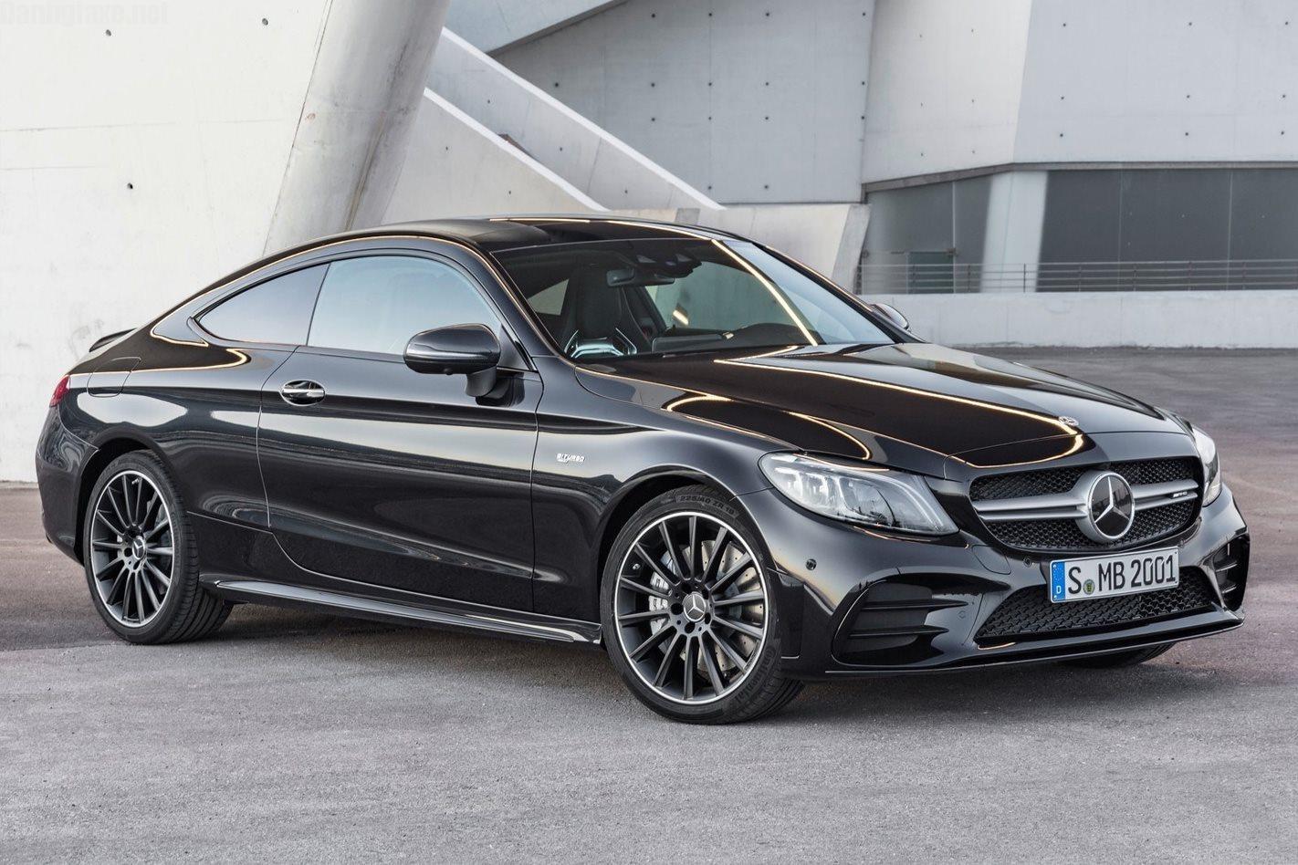 Có nên mua Mercedes C200 cũ không?