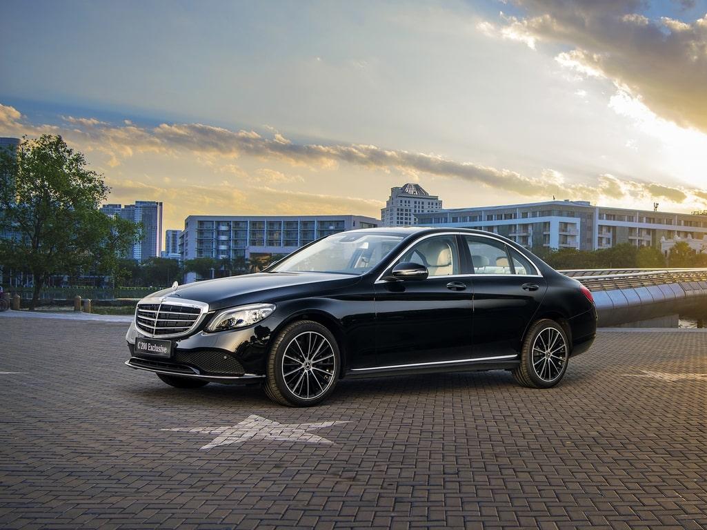 Giá xe Mercedes C200 lăn bánh & khuyến mại