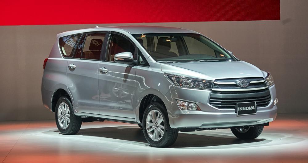 Giá xe Toyota Innova
