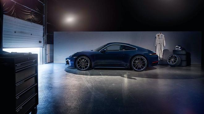 Chiêm ngưỡng Porsche 911 Carrera 4S Belgian Legend Edition