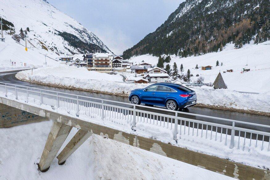 Đánh giá xe Mercedes AMG GLE 53 2020 về cảm giác lái