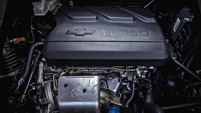 Chevrolet Captiva giảm giá gần 400 triệu sau khi GM thông báo rút khỏi Thái Lan