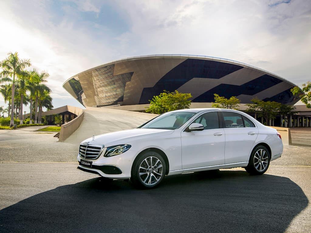 Mercedes-Benz E200 Exclusive về Việt Nam