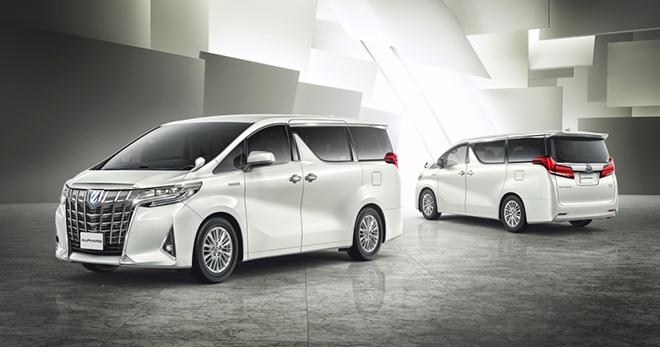 Toyota Việt Nam triệu hồi 24 xe Alphard vì lỗi dây đai an toàn