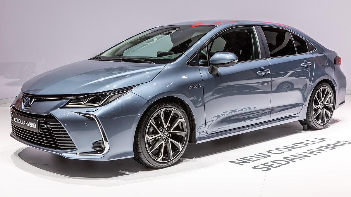 Có nên mua Toyota Corolla Altis không?