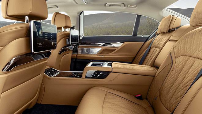 BMW Series-7 facelift sắp ra mắt thị trường Việt Nam với 3 phiên bản