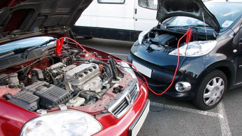 Các bước nên làm khi ô tô hết điện ắc quy
