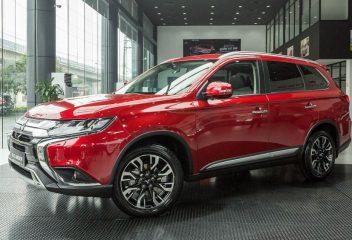 Chọn Mitsubishi Outlander 2020 hay Hyundai Tucson 2020?